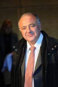 André PERRET
