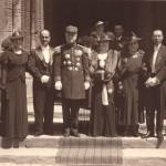 Jeanne PROVOST épouse FRANÇAIX, à gauche, Alfred FRANÇAIX à droite sur cette photo de mariage (1939, Le Mans)