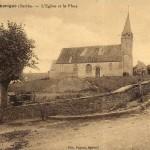 Carte Postale Ancienne - Thorigné - L'Eglise et la Place | collection Yvon Généalogie