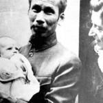Ho-Chi-Minh, Lucie Aubrac et sa fille Élizabeth en 1946