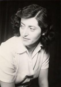 Lucie AUBRAC (1912-2007) en 1944
