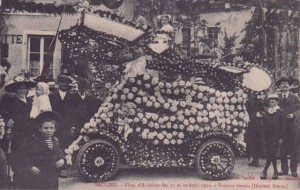 CPA - Saulieu (Côte-d'Or) - Fêtes d'Aviation des 11 et 12 Août 1912 - Voiture fleurie - Docteur Simon