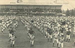 CPA - Orléans (Loiret) - Concours National de Gymnastique - 30 Juin et 1er Juillet 1912 - Mouvements d'ensemble