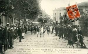 CPA - Tarare (Rhône) - Fêtes des Mousselines - 4 et 5 Août 1912 - Boulevard Voltaire - Courses pédestres - Le départ