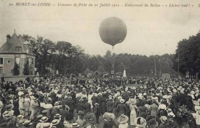 CPA - Moret-sur-Loing (Seine-et-Marne) - Concours de Pêche du 21 Juillet 1912 - Enlèvement du Ballon - Lâchez tout !