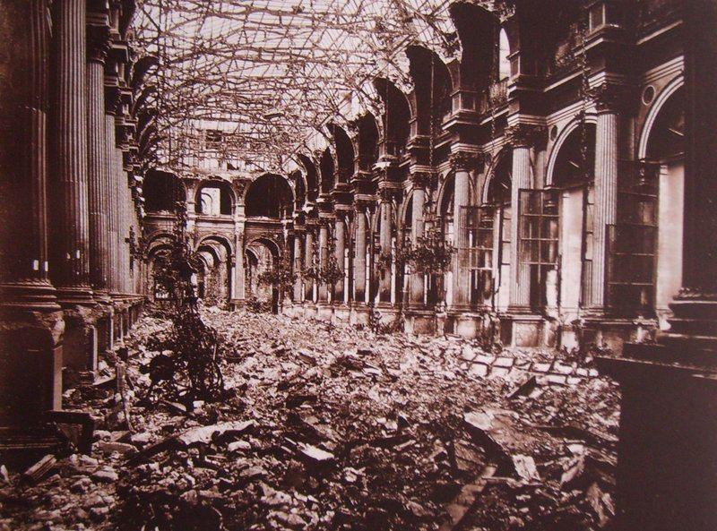 Incendie de l'Hôtel de Ville de Paris pendant la Commune, mai 1871
