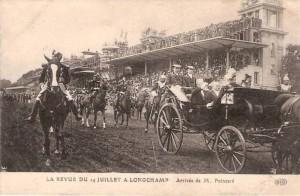 Carte Postale Ancienne - La Revue du 14 Juillet à Longchamp - Arrivée de M. Poincaré