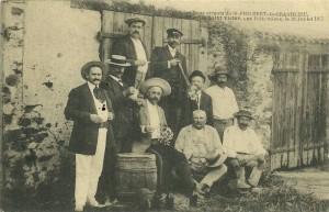 Carte Postale Ancienne - Les bons vivants de St PHILBERT de GRANDLIEU fêtant la Saint-Victor aux Poitrivières le 21 Juillet 1913