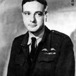 Max GUEDJ (1913-1945), avocat, aviateur