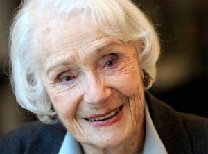 née le 14 juin - Gisèle CASADESUS (1914), issue d'une famille d'artistes, comédienne, sociétaire honoraire de la Comédie française, Grand officier de la Légion d'honneur
