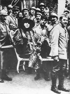 Sarah BERNHARDT au front pendant la Grande Guerre